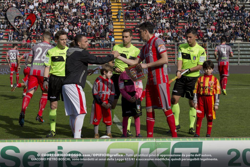 Cremonese-Benevento, le fotografie della partita