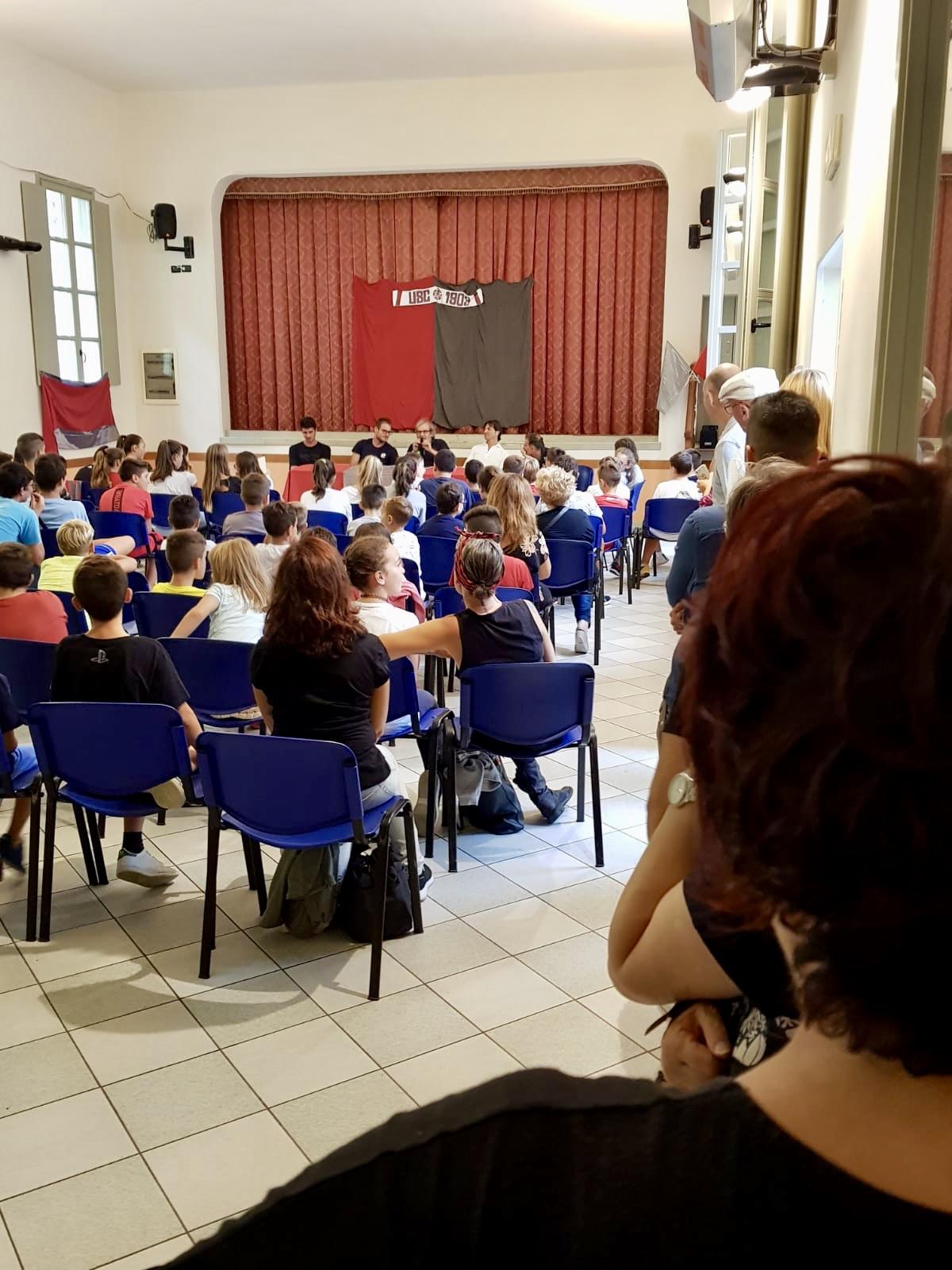 Cremo, lezione di Rastelli, Ravaglia e Ravanelli ai bambini di Corte de' Frati